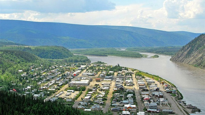 Canoeing the Yukon: Pristine Nature and Gold Rush History