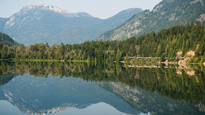 9cce4616d3c1f3 Western Canadian Rockies Train Travel