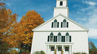 https://roadscholar-iv-prod.azureedge.net/publishedmedia/71nywgvv1pqwdhk667hy/10551-new-hampshire-autumn-nelson-church-smhoz.jpg