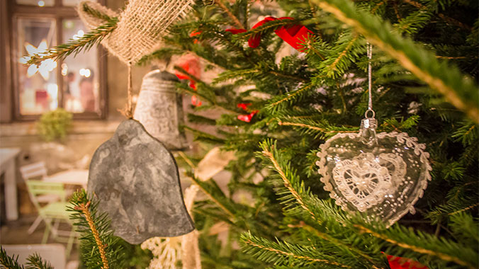 20+ Top Victorian Christmas Decorations