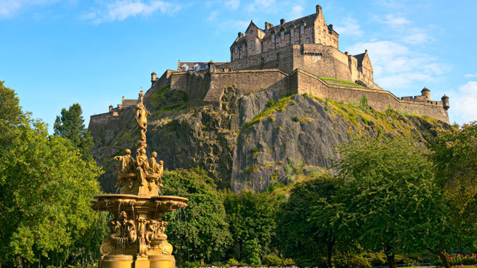 Scotland at a Slower Pace: A Journey From Glasgow to Edinburgh
