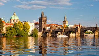 https://roadscholar-iv-prod.azureedge.net/publishedmedia/9hwd6swm7y34f3y8qau4/9952-independent-prague-czech-republic-architecture-arts-charles-bridge-smhoz.jpg