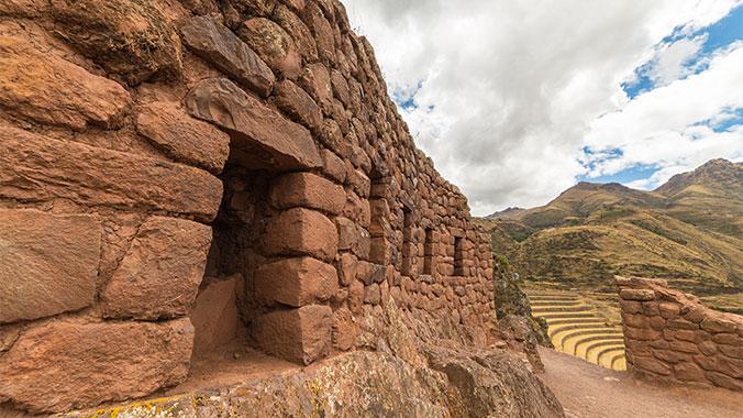 Machu Picchu and Rapa Nui