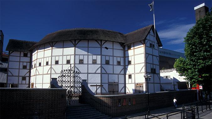 The 400th Anniversary of the Mayflower: Transatlantic on QM2