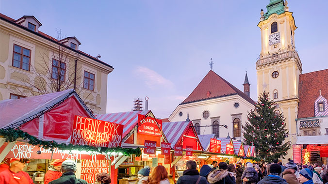 Holiday Splendor Along the Danube: Christmas Markets & Traditions
