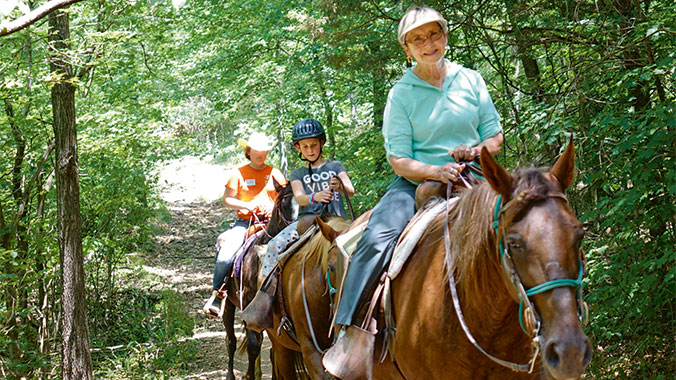 Kayaks, Crafts & Horseback Rides: Virginia With Your Grandchild
