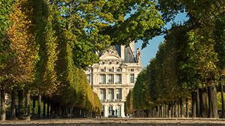 https://roadscholar-iv-prod.azureedge.net/publishedmedia/ol9chpgslmeo6hwrolc0/20953-France-Paris-Musee-du-Louvre-Tuileries-Park-smhoz.jpg