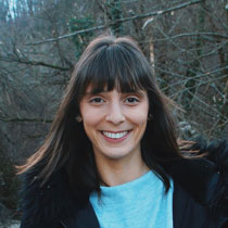 Profile Image of Adriana Alves