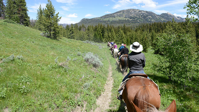 Sierra Nevada California, Horseback riding
