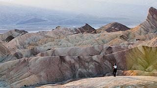 https://roadscholar-iv-prod.azureedge.net/publishedmedia/tk3rjepoqzdwgbe0qe7b/4352-california-sequoia-kings-canyon-yosemite-death-valley-national-park-smhoz.jpg