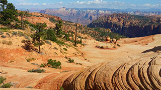 https://roadscholar-iv-prod.azureedge.net/publishedmedia/xbpnftmn6mk8q6ku1500/23226-hiking-southwest-utah-candy-cliffs-smhoz.jpg