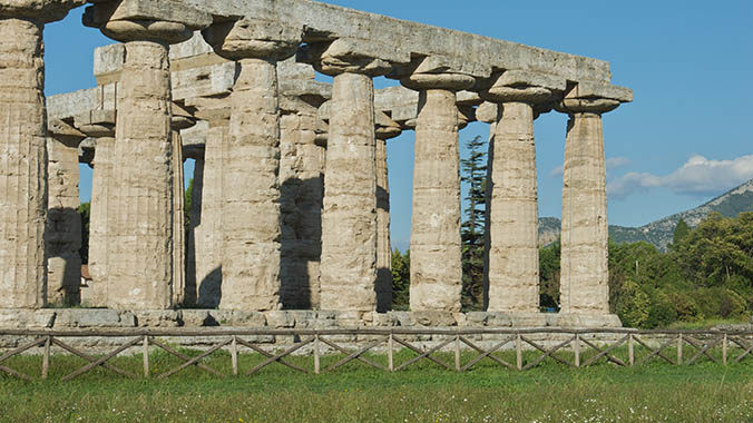 Art, Archaeology and the Greek Temples of Paestum