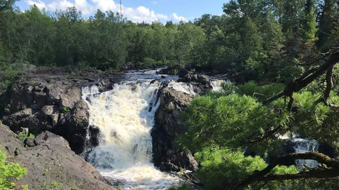 Voyageurs National Park & Canoe Country: Deep Woods, Wild Waters