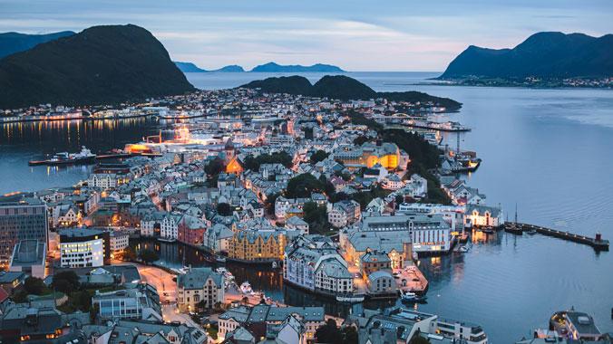 City Walks: Exploring Bergen's Neighborhoods