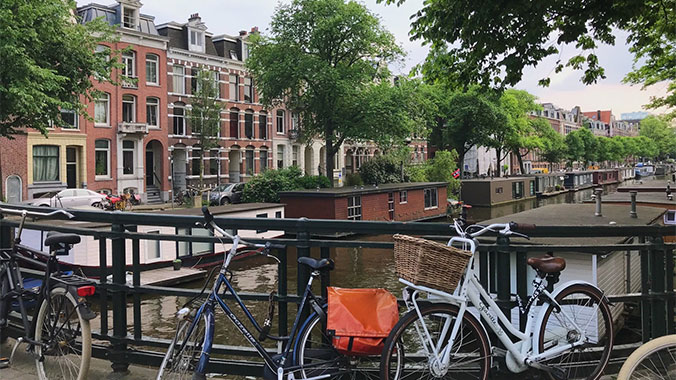 Independent Amsterdam: The Best of Dutch Art and Architecture